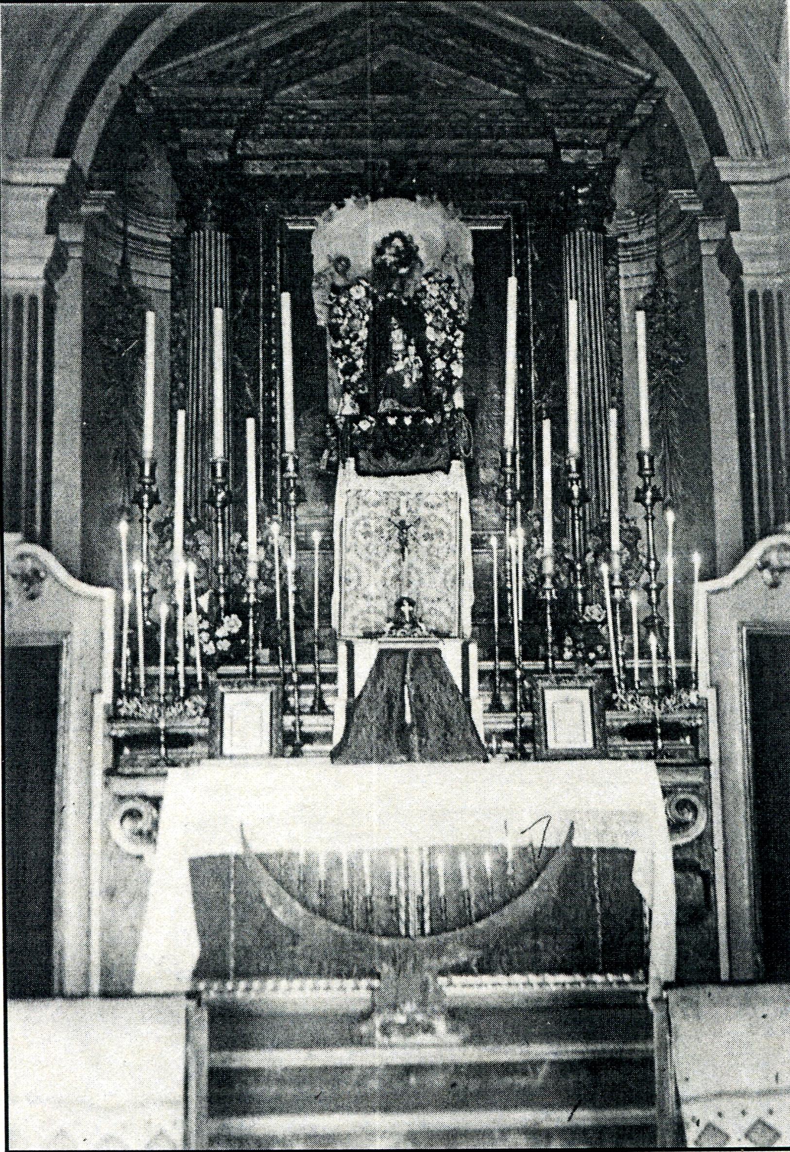 Chiesa di Casola ,altare maggiore
